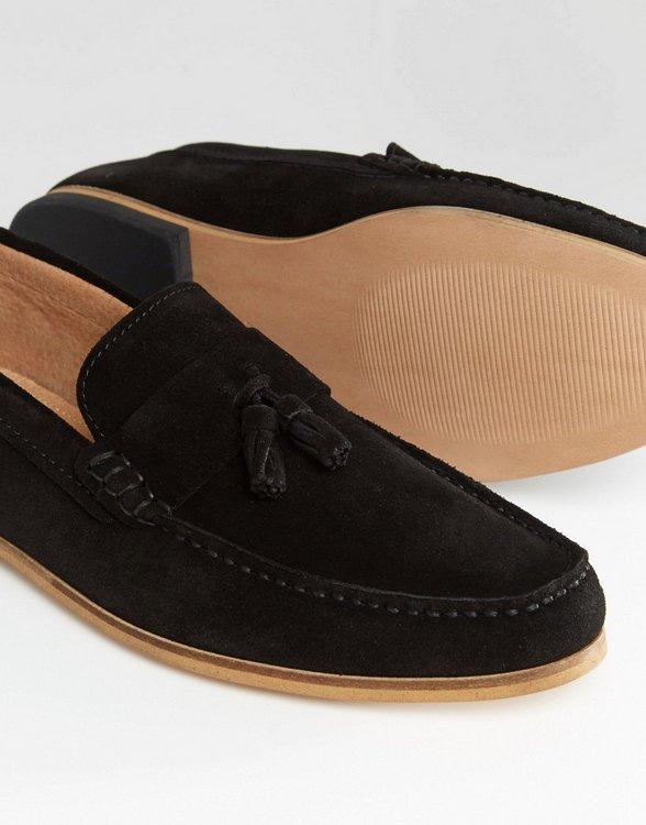 River Island 男士绒面小羊皮乐福鞋-黑色流苏配饰 $109