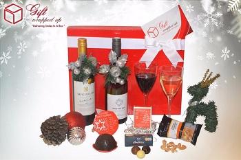 圣诞缤纷食品礼盒(内含红酒、布丁、坚果等) 团购价$49!