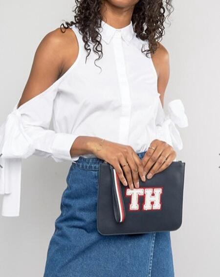 Tommy Hilfiger 女款时尚手提包 海军蓝色 现价只要$50!