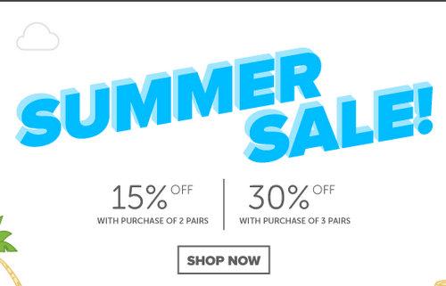 鞋履品牌 Crocs 夏季特价活动:购买两双 可享额外85折优惠!  购买三双 可享额外7折优惠!